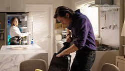 Piper Willis, Leo Tanaka in Neighbours Episode 7995