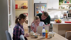 Amy Williams, Xanthe Canning, Gary Canning in Neighbours Episode 7996