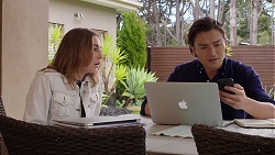 Piper Willis, Leo Tanaka in Neighbours Episode 7996