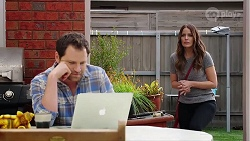 Shane Rebecchi, Elly Conway in Neighbours Episode 7996