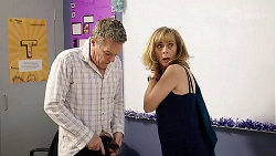 Paul Robinson, Jane Harris in Neighbours Episode 7998