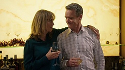 Jane Harris, Paul Robinson in Neighbours Episode 7998
