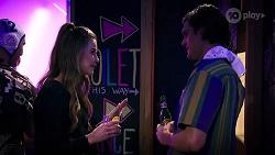 Chloe Brennan, Mitch Neebles in Neighbours Episode 7999