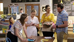 Piper Willis, Xanthe Canning, Dipi Rebecchi, Shane Rebecchi in Neighbours Episode 8001