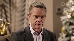 Paul Robinson in Neighbours Episode 8001