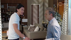 Leo Tanaka, Paul Robinson in Neighbours Episode 8002