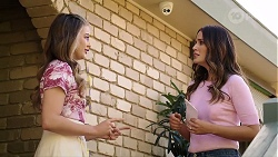 Chloe Brennan, Elly Conway in Neighbours Episode 8006