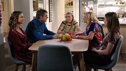 Amy Williams, Gary Canning, Xanthe Canning, Sheila Canning, Piper Willis in Neighbours Episode 8006