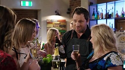 Piper Willis, Shane Rebecchi, Sheila Canning in Neighbours Episode 8006