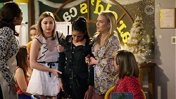 Dipi Rebecchi, Piper Willis, Yashvi Rebecchi, Xanthe Canning, Sonya Rebecchi in Neighbours Episode 8006