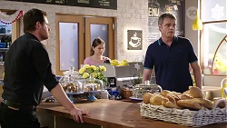 Shane Rebecchi, Gary Canning in Neighbours Episode 8008