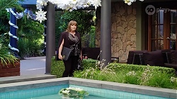 Terese Willis in Neighbours Episode 8009