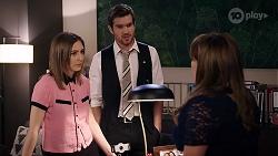 Piper Willis, Ned Willis, Terese Willis in Neighbours Episode 8011