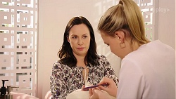 Lola McNuffy, Xanthe Canning in Neighbours Episode 8011