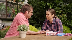 Gary Canning, Amy Williams in Neighbours Episode 8012