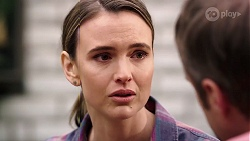 Amy Williams in Neighbours Episode 8012