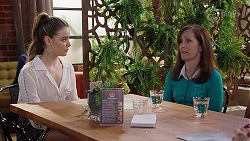 Chloe Brennan, Fay Brennan in Neighbours Episode 8013