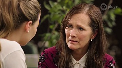 Chloe Brennan, Fay Brennan in Neighbours Episode 8014