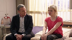 Paul Robinson, Delaney Renshaw in Neighbours Episode 8015