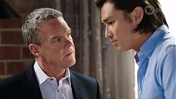 Paul Robinson, Leo Tanaka in Neighbours Episode 8015