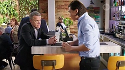 Paul Robinson, Terese Willis, Leo Tanaka in Neighbours Episode 8015