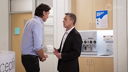 Leo Tanaka, Paul Robinson in Neighbours Episode 8016