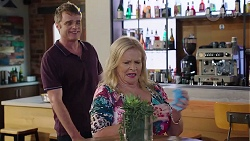 Gary Canning, Sheila Canning in Neighbours Episode 8021