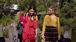 Elly Conway, Chloe Brennan in Neighbours Episode 8021