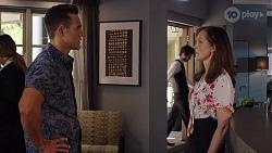 Aaron Brennan, Fay Brennan in Neighbours Episode 8021
