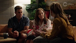 Aaron Brennan, Fay Brennan, Chloe Brennan in Neighbours Episode 8021
