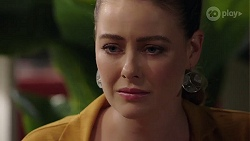 Chloe Brennan in Neighbours Episode 8021
