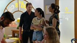 Shane Rebecchi, Yashvi Rebecchi, Dipi Rebecchi in Neighbours Episode 8024