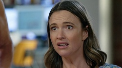 Amy Williams in Neighbours Episode 8024