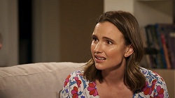 Amy Williams in Neighbours Episode 8025