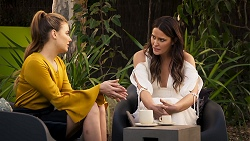 Chloe Brennan, Elly Conway in Neighbours Episode 8026