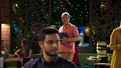 Gary Canning, David Tanaka in Neighbours Episode 8027