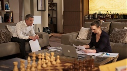 Paul Robinson, Amy Williams in Neighbours Episode 8029