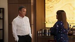 Paul Robinson, Terese Willis in Neighbours Episode 8029