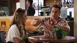 Chloe Brennan, Aaron Brennan in Neighbours Episode 8029