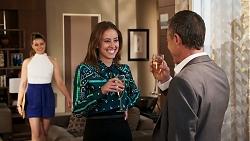 Chloe Brennan, Melissa Lohan, Paul Robinson in Neighbours Episode 8030