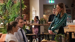Amy Williams, Gary Canning, Melissa Lohan in Neighbours Episode 8030