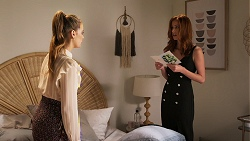 Chloe Brennan, Melissa Lohan in Neighbours Episode 8035