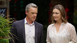 Paul Robinson, Amy Williams in Neighbours Episode 8038