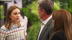 Piper Willis, Paul Robinson, Terese Willis in Neighbours Episode 8041