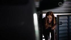 Melissa Lohan in Neighbours Episode 8045