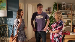 in Neighbours Episode 8048