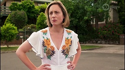 Sonya Rebecchi in Neighbours Episode 8052