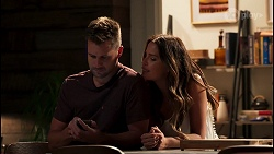 Mark Brennan, Elly Conway in Neighbours Episode 8054