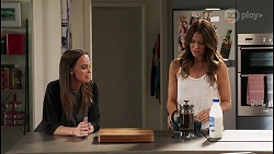 Bea Nilsson, Elly Conway in Neighbours Episode 8054