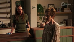 Bea Nilsson, Susan Kennedy in Neighbours Episode 8055